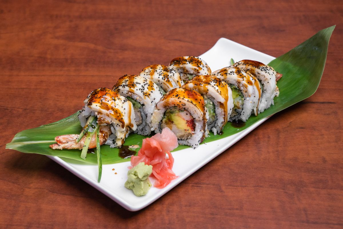 Tokushima Sushi (250 Taunton Rd E, Oshawa, ON L1G 6Z6